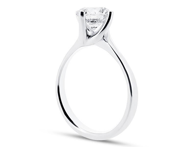 engagement ring with brilliant 4 claw twist
