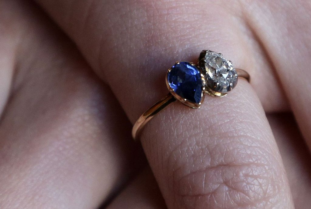 Napoleon and Josephines engagement ring2.